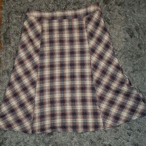 Plaid long poly/wool blend vintage like skirt